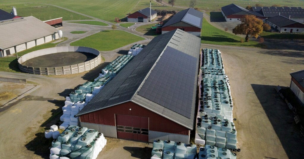 Futura Energi monterade solpaneler på Bollerup